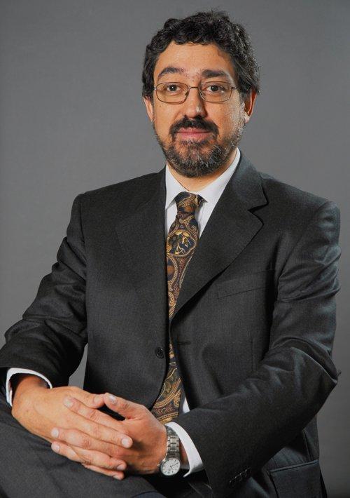 Dr. Jorge Holiday